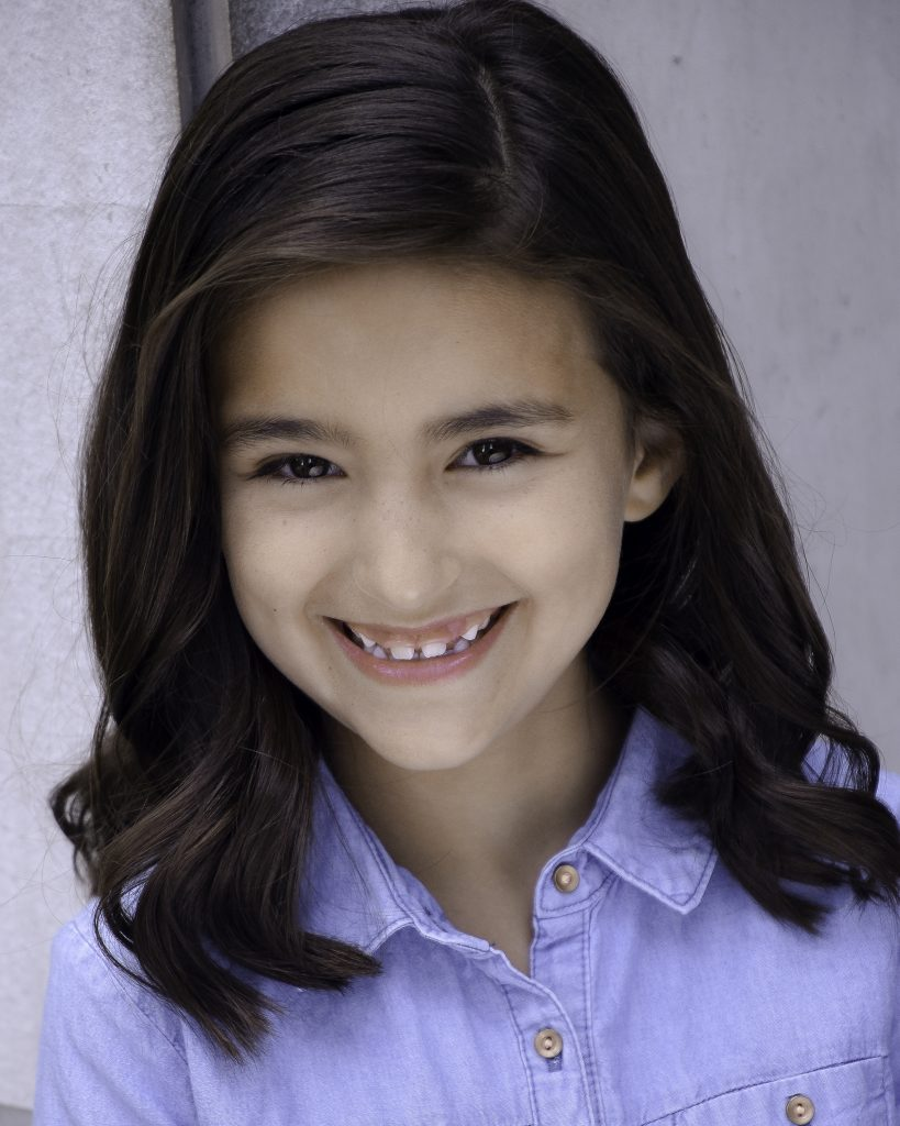 Aviana Garza Headshot